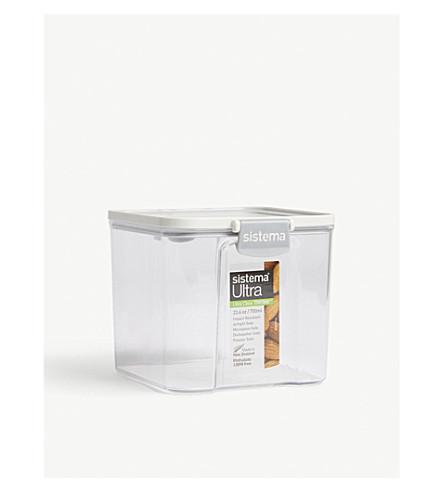 SISTEMA Ultra Tritan clear container 700ml