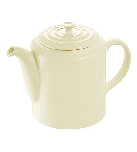 how to use le creuset teapot