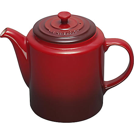 LE CREUSET Grand stoneware teapot (Cerise