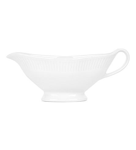 PILLIVUYT Plisse porcelain sauceboat 19cm