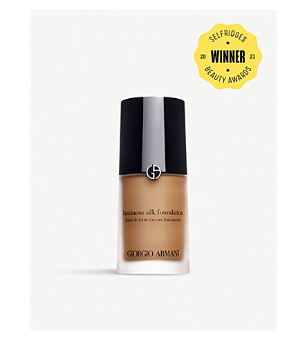 GIORGIO ARMANI Luminous Silk foundation (5.25