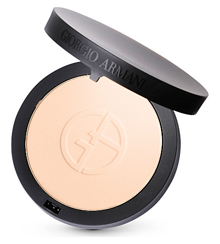 GIORGIO ARMANI Luminous Silk powder (2