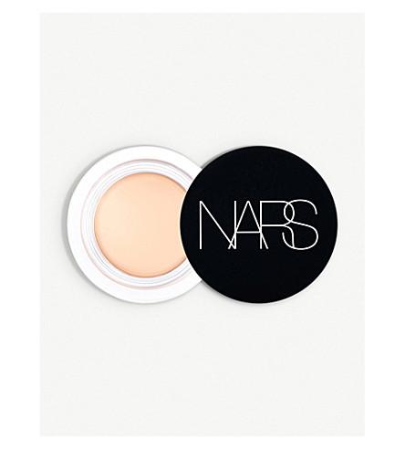 NARS Soft Matte Complete concealer (Chantilly