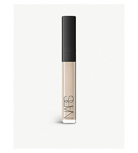 NARS Radiant Creamy concealer (Chantilly