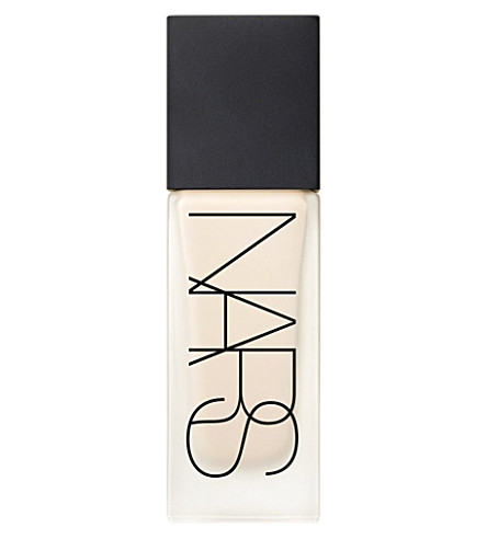 NARS All Day Luminous weightless foundation (Siberia