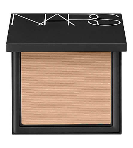 NARS All Day Luminous Powder Foundation SPF24 (Vallauris