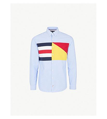 TOMMY HILFIGER Flag-panel regular-fit cotton-Oxford shirt (Shirt+blue+/+multi