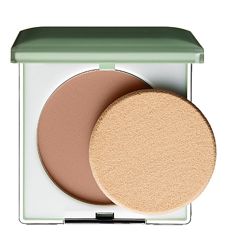 CLINIQUE Stay–Matte Sheer Pressed Powder (Stay brandy