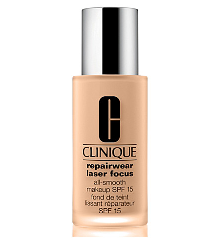 CLINIQUE Repairwear Laser Focus All–Smooth Makeup SPF 15 (01
