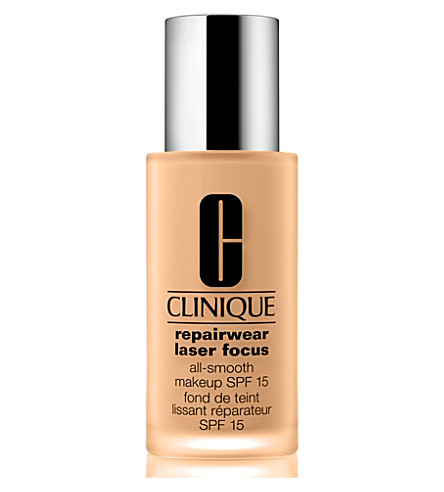 CLINIQUE Repairwear Laser Focus All–Smooth Makeup SPF 15 (02