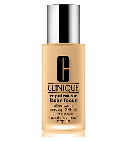 CLINIQUE Repairwear Laser Focus All–Smooth Makeup SPF 15 (1.5
