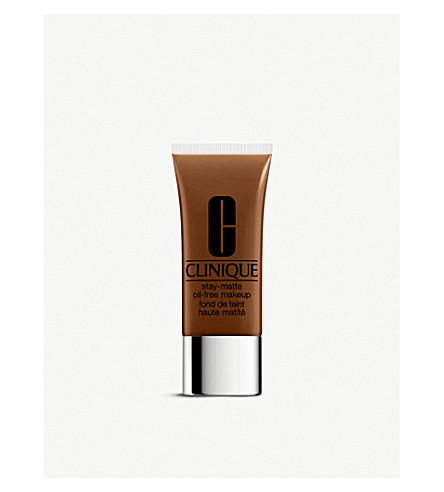 CLINIQUE Stay-Matte Oil-Free foundation (Amber