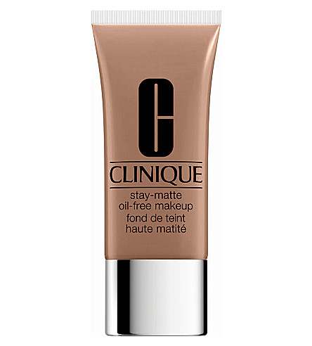 CLINIQUE Stay-Matte Oil-Free foundation (Beige