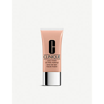CLINIQUE Stay-Matte Oil-Free foundation (Linen