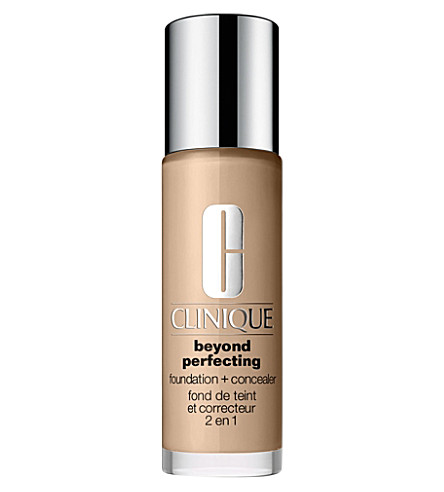 CLINIQUE Beyond Perfecting foundation and concealer (Shade 04