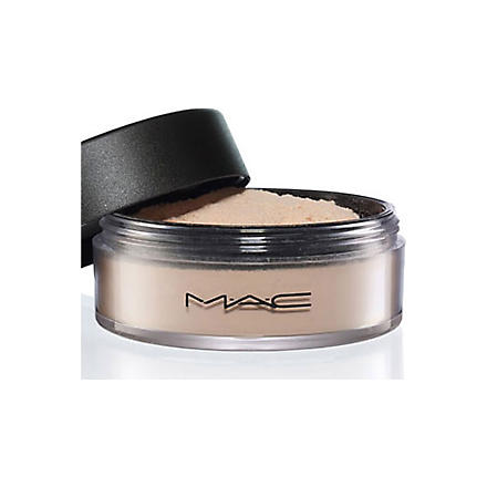MAC Select Sheer⁄Loose (Nc20