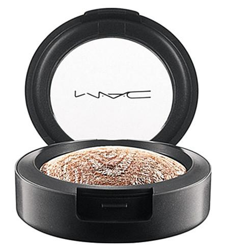 MAC Mineralize Eyeshadow (Blue+flame