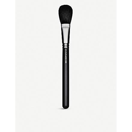 MAC 129 Powder⁄Blush Brush