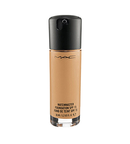 MAC Matchmaster SPF 15 Foundation (3