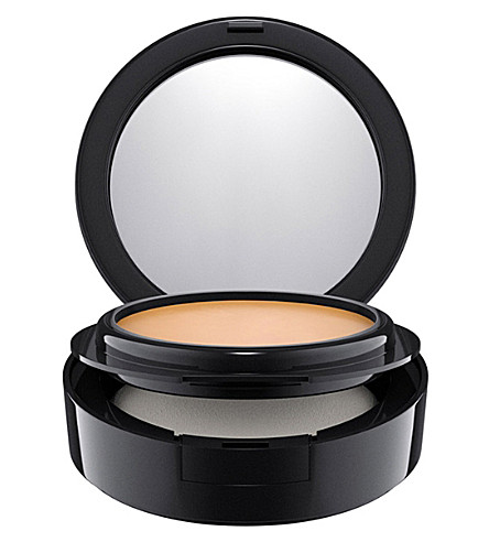 MAC Mineralize compact foundation (Nc25