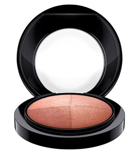 MAC Mineralize Skinfinish (Perfectly+lit