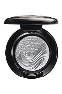 MAC Glamour Daze extra dimension eyeshadow