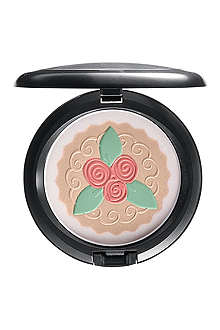 MAC Baking Beauties Pearlmatte Face Powder