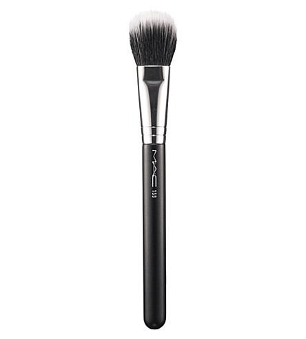 MAC 159 Duo Fibre Face Brush
