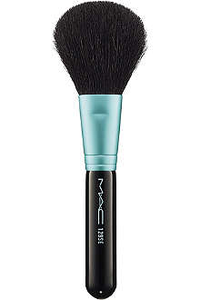 MAC 129 SE Powder/Blush Brush