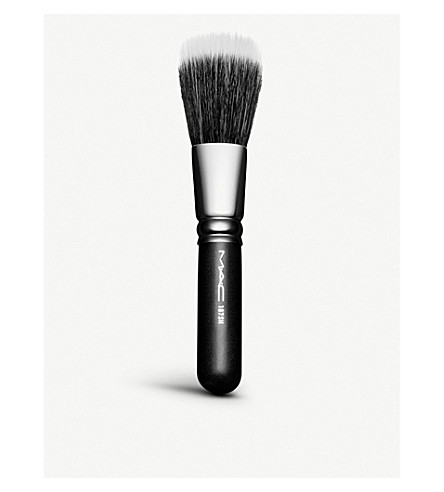MAC 187 duo fibre brush
