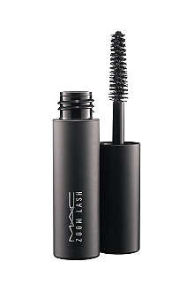 MAC Sized to Go Zoom Lash