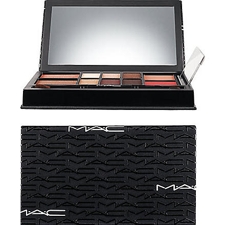 MAC Look in a Box: All About Beige