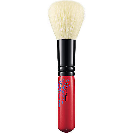 MAC Sharon 167SE Face Blender Brush