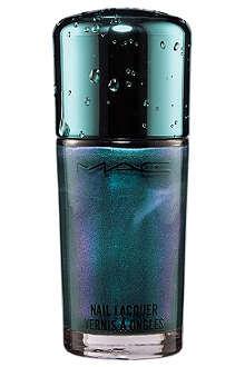 MAC Alluring Aquatic Nail Lacquer