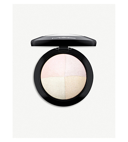 MAC Mineralize Skinfinish 10g (Barely+dressed