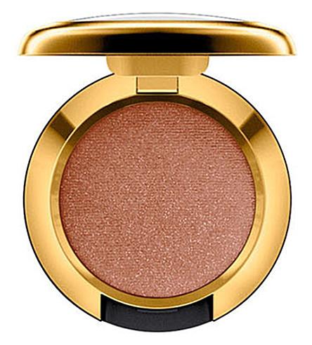 MAC Caitlyn Jenner Malibu Bronze eyeshadow (Malibu brz