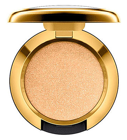 MAC Caitlyn Jenner Glowing Gold eyeshadow (Glow gold