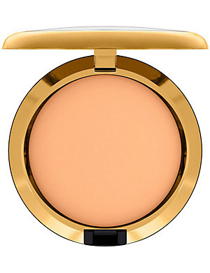 MAC Caitlyn Jenner Mineralize Skinfinish Natural