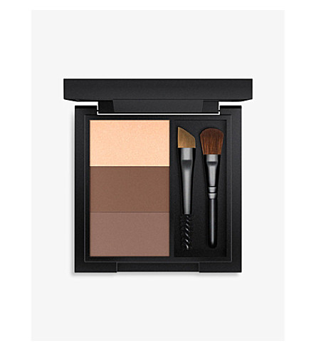 MAC Great Brows all-in-one eyebrow kit (Lingering