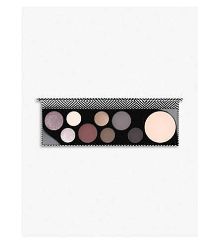 MAC Mac Girl Basic Bitch palette (Basic+bitch
