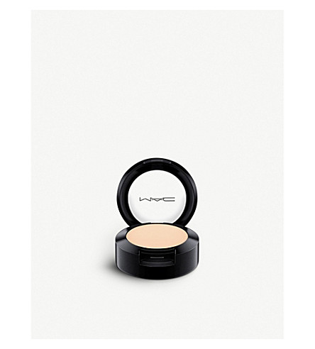 MAC Studio Finish Concealer SPF 35 (Nc10