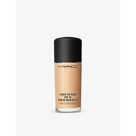 MAC Studio Fix Fluid SPF 15 (Nc25