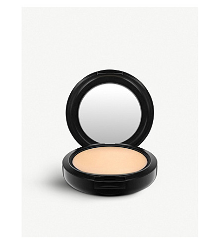 MAC Studio Fix Powder Plus Foundation (C5.5