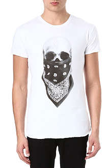 DEATH BY ZERO Skull Scarf t-shirt