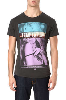 DEATH BY ZERO Temptation printed t-shirt