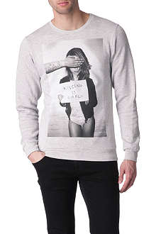 NEW LOVE CLUB Kissing is cool sweatshirt