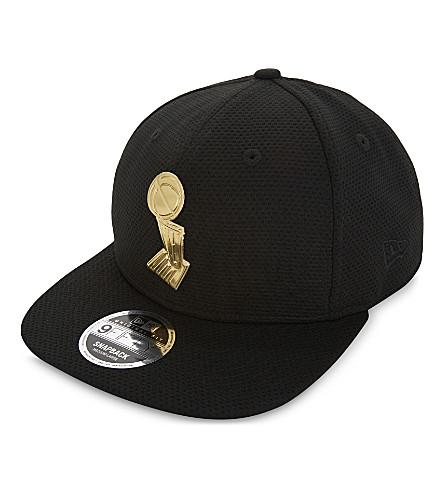 NEW ERA NBA trophy snapback cap (Blk