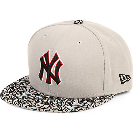 NEW ERA 59fifty concrete visor New York baseball cap (Grey