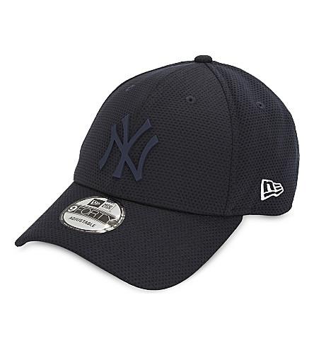 NEW ERA 9FORTY New York Yankees strapback cap (Navy