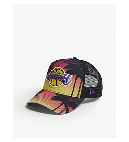NEW ERA 湖人海岸卡车司机 snapback 帽 (粉红色黄色